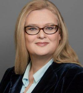 """Jacqueline Schäfer ist freiberuflich als Autorin (Ghostwriting), Unternehmensberaterin mit dem Schwerpunkt (Krisen)Kommunikation und Mediencoaching sowie als Redenschreiberin für Politik und Industrie tätig. Sie ist Präsidentin des <a href=""""http://www.vrds.de/"""" target=""""_blank"""" rel=""""noopener"""">Verbandes der Redenschreiber deutscher Sprache </a>(VRdS). Foto: privat"""