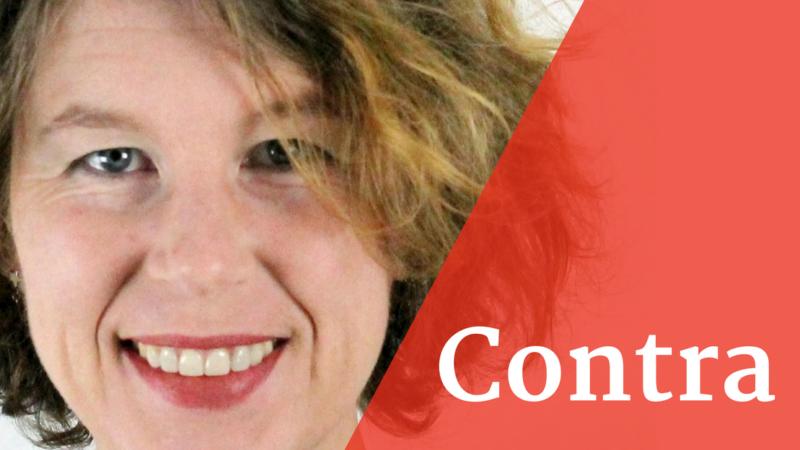 Sabine Hossenfelder plädiert dagegen, dass Wissenschaftlerinnen und Wissenschaftler sich in der Wissenschaftskommunikation engagieren müssen.