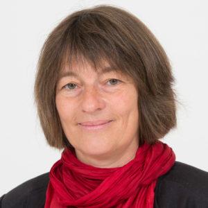 <b>Martina Schäfer</b> ist wissenschaftliche Geschäftsführerin des Zentrums Technik und Gesellschaft an der TU Berlin und leitet dort inter- und transdisziplinäre Forschungsprojekte im Bereich der Nachhaltigkeitsforschung. Ihre Forschungsinteressen sind Nachhaltige Regionalentwicklung, Nachhaltiger Konsum, Nachhaltige Landnutzung und Methoden inter- und transdisziplinärer Forschung. Foto: Landtag Brandenburg