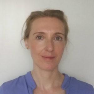 """Randi Wallmichrath ist Wissenschaftliche Mitarbeiterin beim DLR Projektträger im EU-Büro des Bundesministeriums für Bildung und Forschung. Dort berät sie u.a. für die Nationale Kontaktstelle """"Wissenschaft mit der und für die Gesellschaft"""" Förderinteressierte für den gleichnamigen Horizont 2020 Bereich. Foto: privat"""