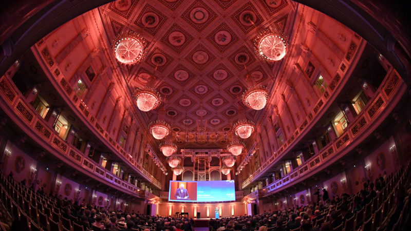 Die Festveranstaltung zum Journalistenpreis <i>PUNKT</i> findet in der Oper Berlin statt. Foto: <i>acatech</i>