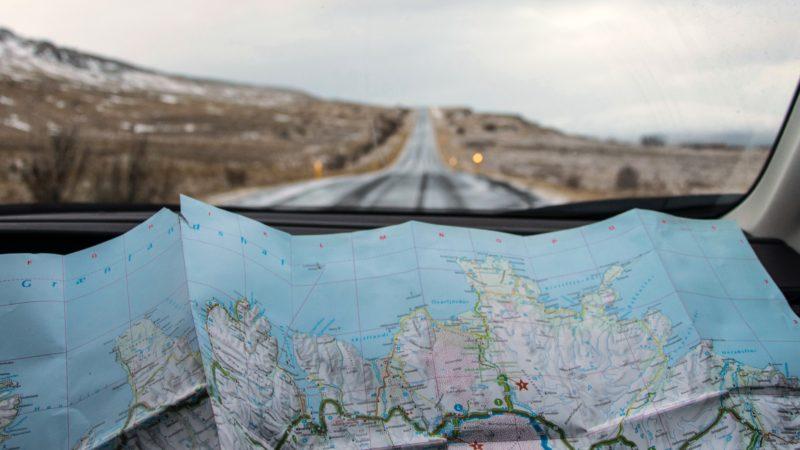 Autofahrt durch Island