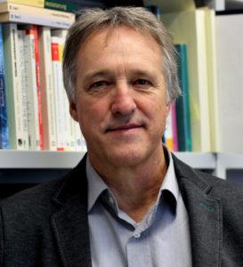 Hans-Jürgen Bucher ist emeritierte Professor der Medienwissenschaft an der Universität Trier. Er forscht seit vielen Jahren zur Wissenschaftskommunikation und leitete das von der Klaus Tschira Stiftung geförderte dreijährige Projekt zur audiovisuellen Wissenschaftsvermittlung auf YouTube.